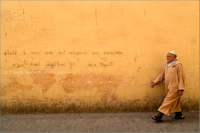 On a wall of Marrakesh. « For all the people perishing trying to cross borders » Funny enough we heard so many bad things about Germany during the Greek crisis (not over yet) and now that they are showing us what to do, we don't see a lot of people praising Germany the way it should.